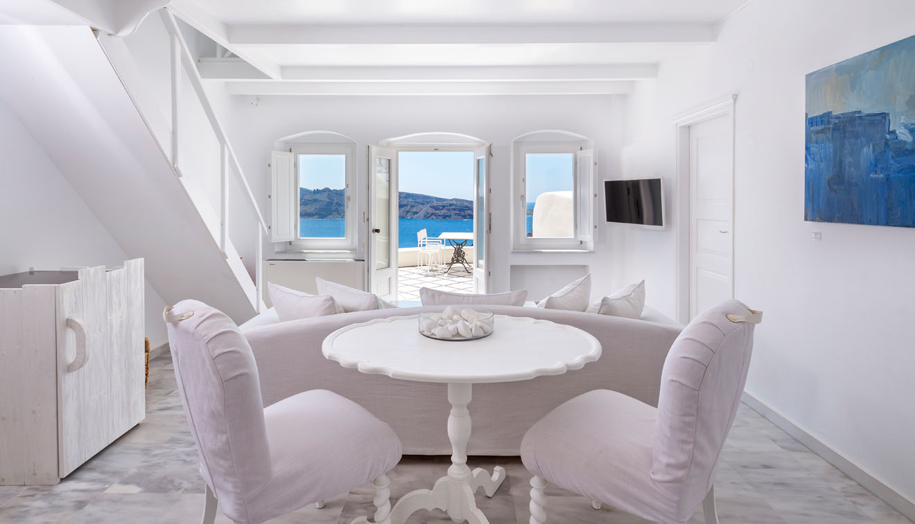 canaves-suite-private-pool-caldera-sea-view-3