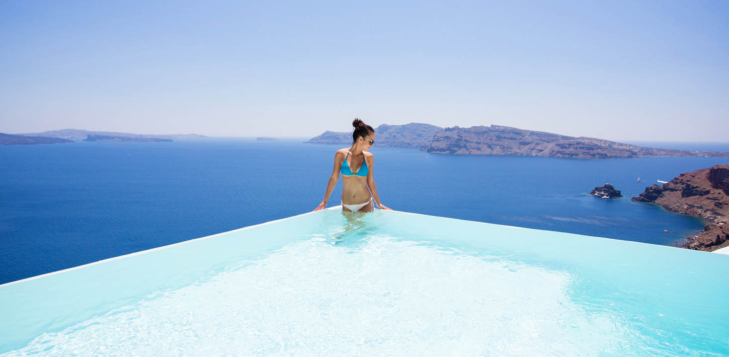 Luxury hotel in santorini canaves oia boutique hotel for Hotels in santorini with infinity pools