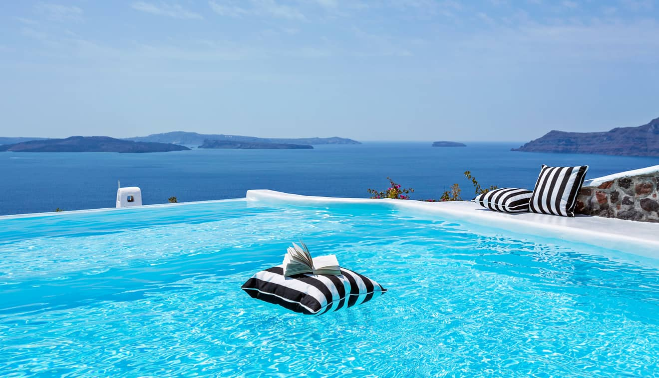 Canaves Oia Hotel Infinity pool 2