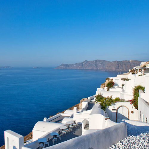 Luxury boutique hotel in Santorini