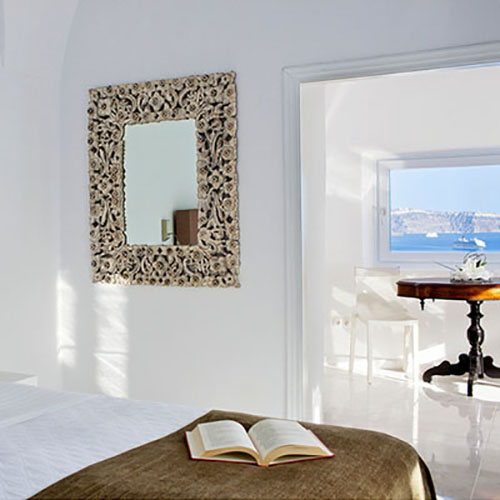 canaves_oia_hotel_acc-cover