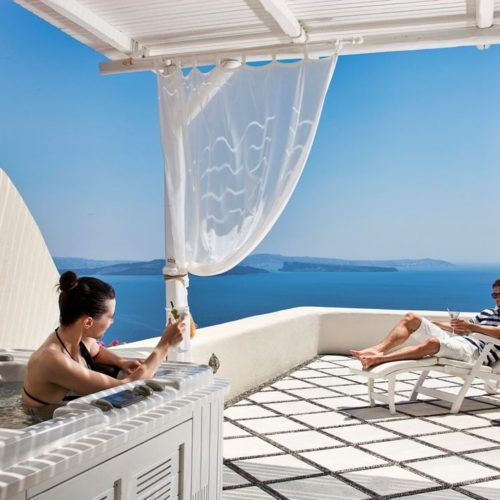 Canaves Oia Villa Services