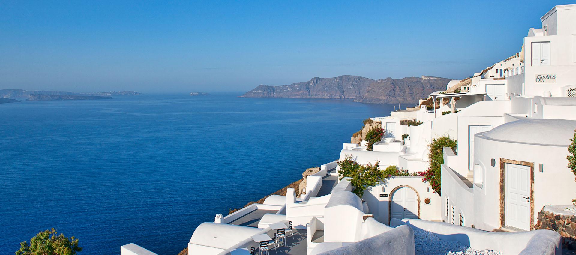 Santorini best hotel oia