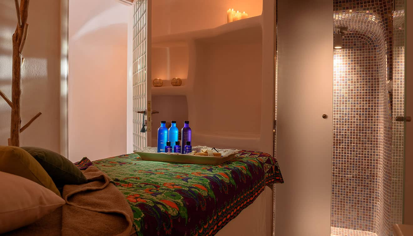 Luxury Santorini Spa 7