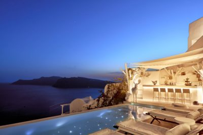 Canaves Oia Sunday Suites – Pool & Bar (10)